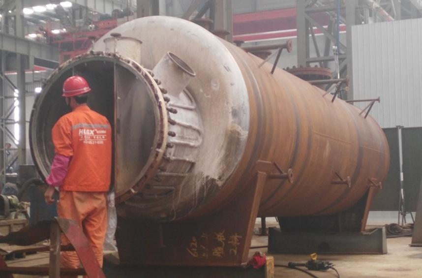 乌兰集团240万吨尿素项目设备耐火衬里施工